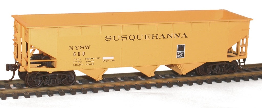 Accurail 7560 HO New York Susquehanna & Western 70-ton Triple Hopper Kit