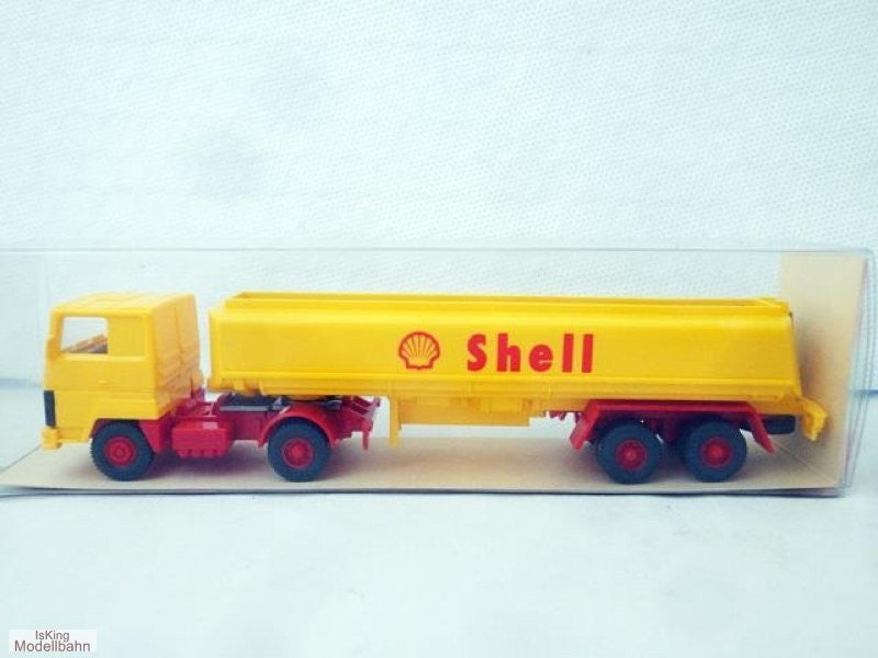 Wiking 802 HO Shell Tanker Vehicle