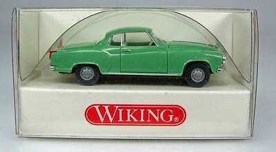 Wiking 8234024 HO Scale Borgward Isabella Coupe [Green]