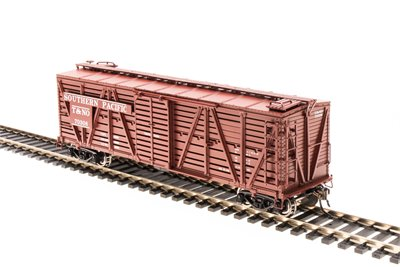 Broadway Limited 4577 HO Southern Pacific Red Oxide Stock Car with Chicken Sounds