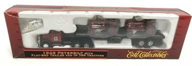 Ertl 4210 HO '48 Peterbilt Flatbed with Tractors Truck