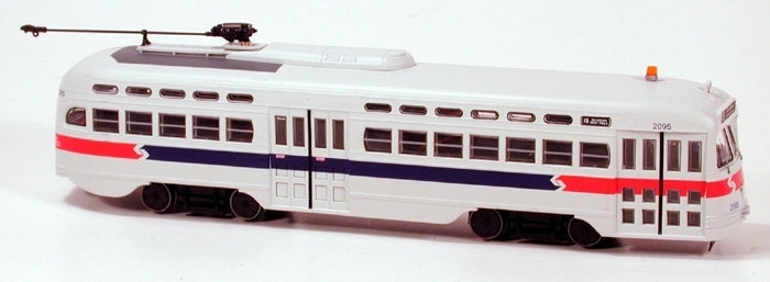 Bowser 12693 HO Scale Septa Phase II Car #2095 Route 15 DCC/Sound