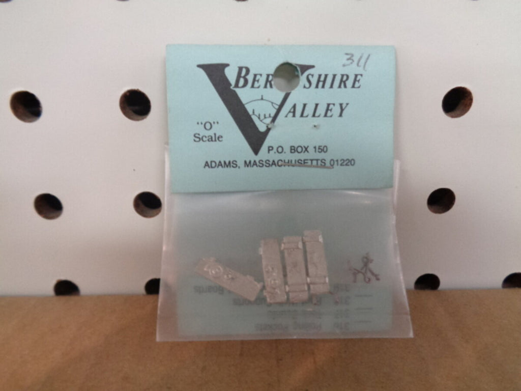 Berkshire Valley 311 O Brake Staff Plat w/bracket (4)