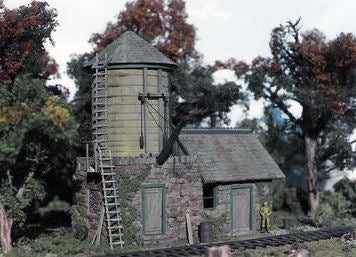 Mile Post Model Works 1810 O Scale Chimney Rock Water Tank & Supply Shed Kit