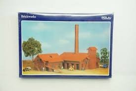 Pola 11805 HO Brickworks Building Kit