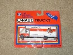 IHC 1-43 HO Texas U-Haul 26' Moving Truck