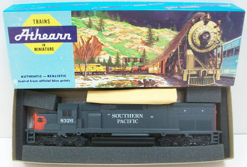 Athearn 4501 Southern Pacific SD40T-2 Diesel Locomotive #8326 – Trainz