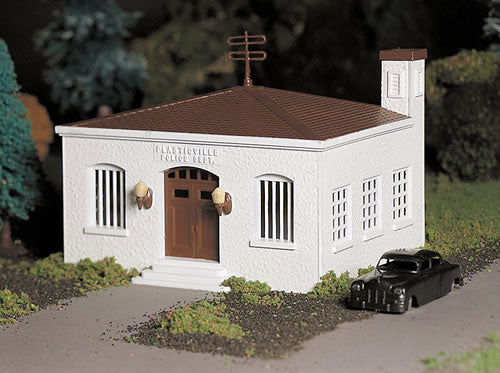 Bachmann 45609 O Police Station with Police Car Classic Classic Building Kit