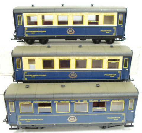 LGB 2070D Steam Loco and 3 Passenger Car Set