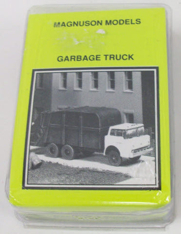 Magnuson Models 439-955 HO Resin Garbage Truck Kit