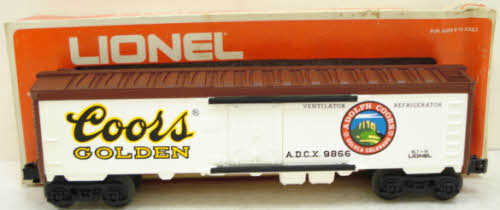 Lionel TMT-1841010 Lionel Flat Bed Toy Truck with 3-Dome Tank Car Load LN/Box
