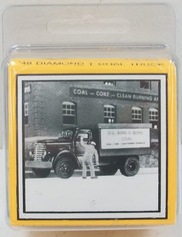 Magnuson Models 439-932 1:87 HO 1948 Diamond T Coal Truck Kit