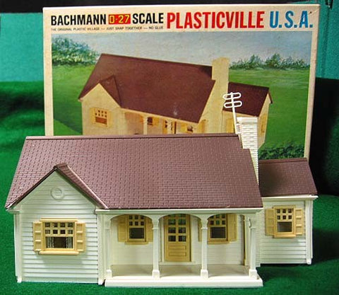 Plasticville 1912 New England Rancher House Kit