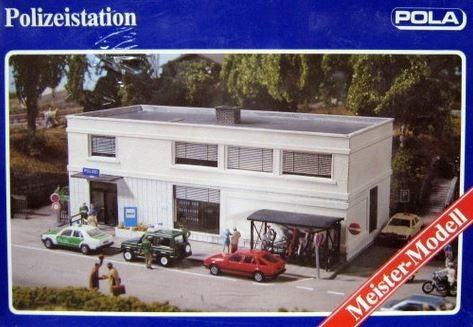 Pola 817 HO Police Station Building Kit