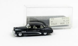 Revell 84701 HO Black Buick Lim. Normal
