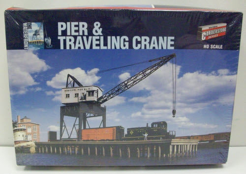 Walthers 933-3067 HO Pier & Traveling Crane Building Kit