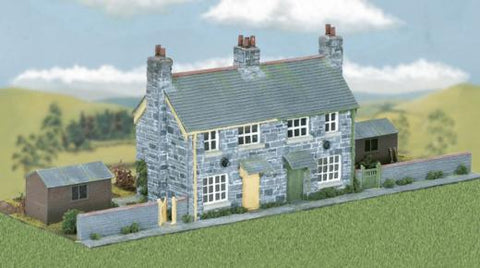 Wills Kits CK21 OO/HO Craftsman Series Kit - Semi-detached Stone Cottages