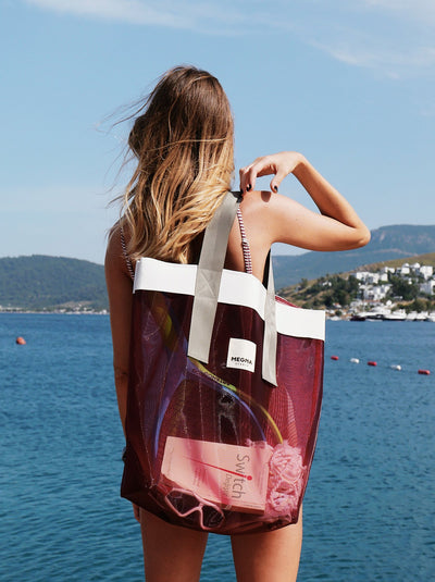 GRACE BEACH BAG | VERTICAL CARDINAL RED