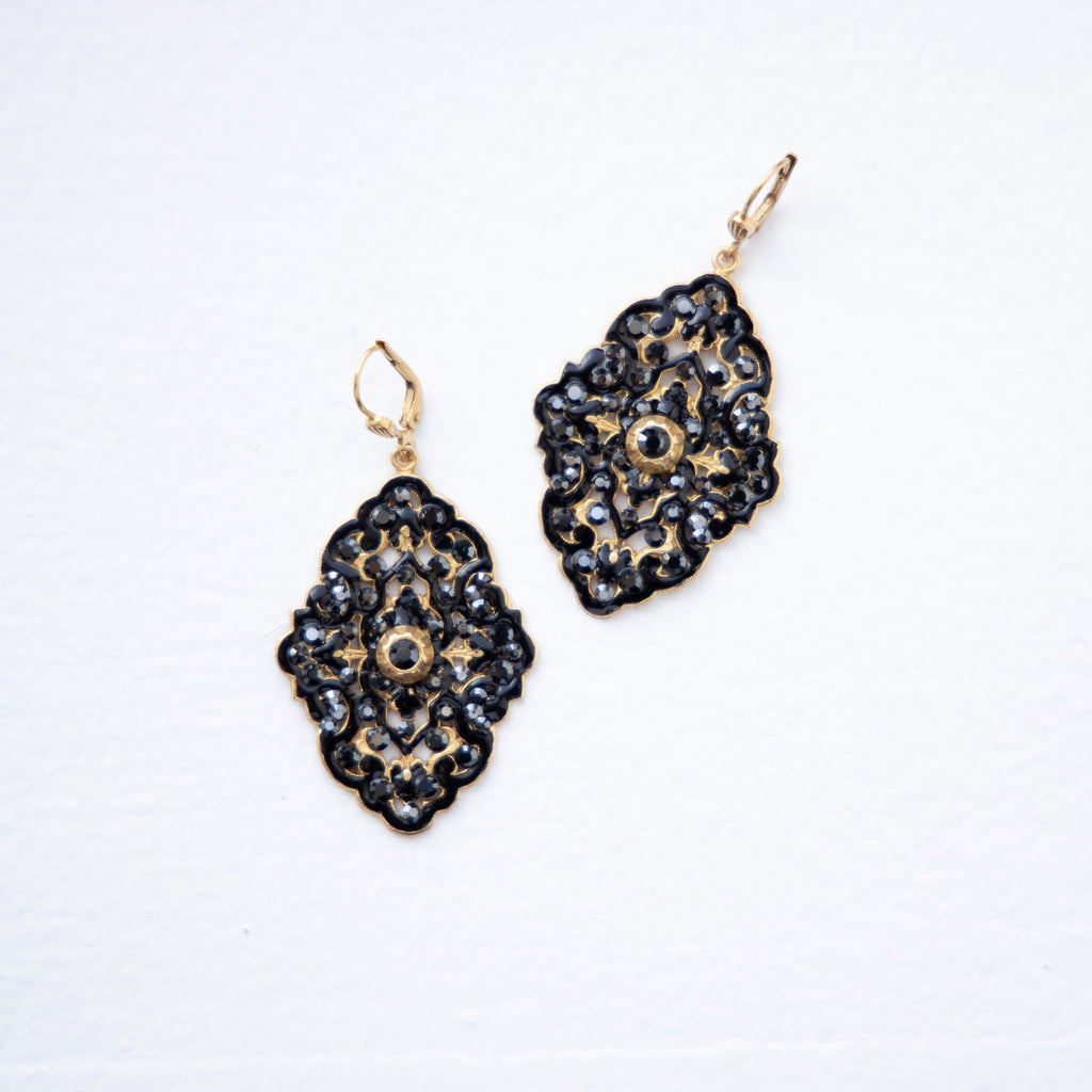 Louis Gift Enamel Earrings