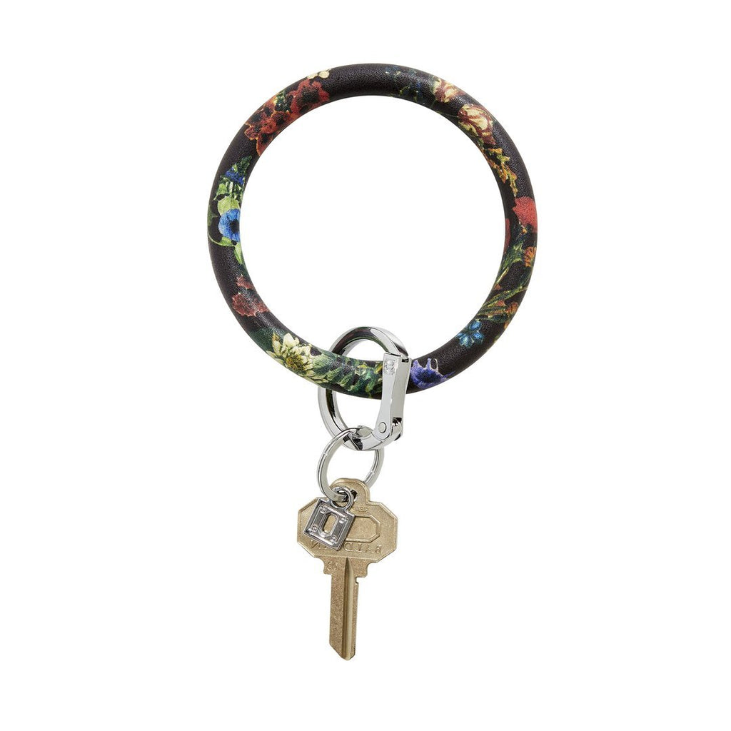 Back in Black Floral Big O Key Ring