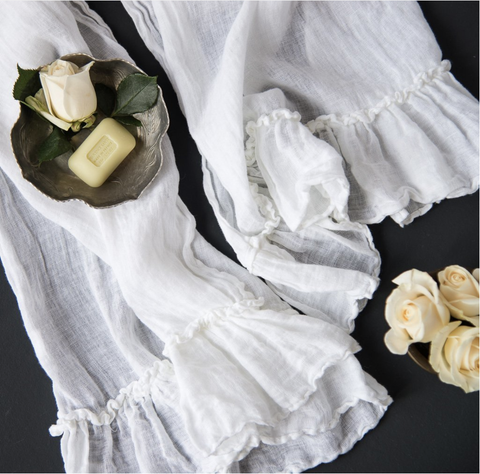 Image of Bella Notte Linens Whisper Linen Guest Towel Quick Ship - AtHomewithBethandChad.com