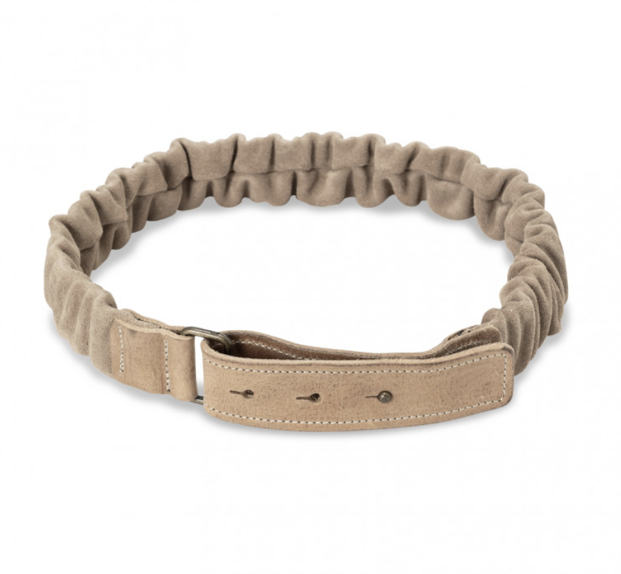 Suede belt with ruffles