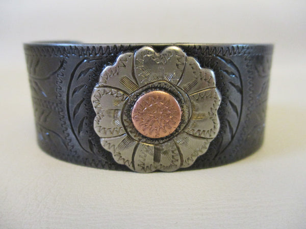10601 New Handmade DAVID HUNT Engraved Mounted Bracelet - Sale Pending