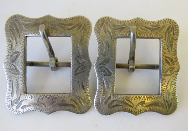 "10067 Pair of DIABLO Engraved ¾"" Spur Strap or Headstall Buckles"