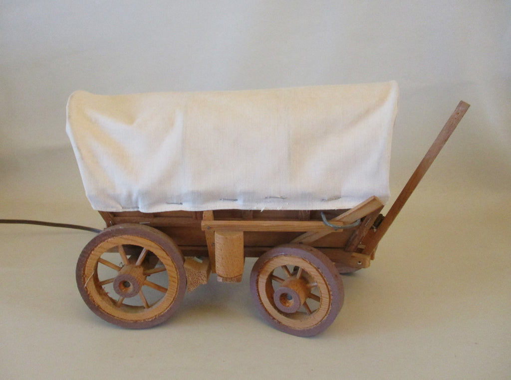 10392 Vintage 1950's Covered Wagon Lamp