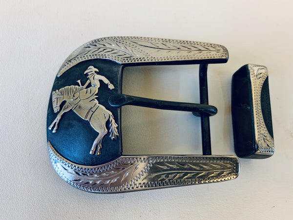 "10685 New Handmade DAVID HUNT Bronc Rider1 ½"" Belt Buckle"