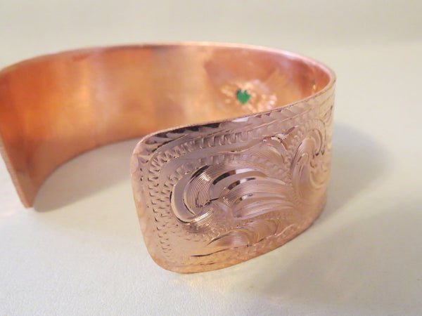 8374 New Handmade STEPHEN WHITE Engraved Copper Bracelet with Green Stone Size Large