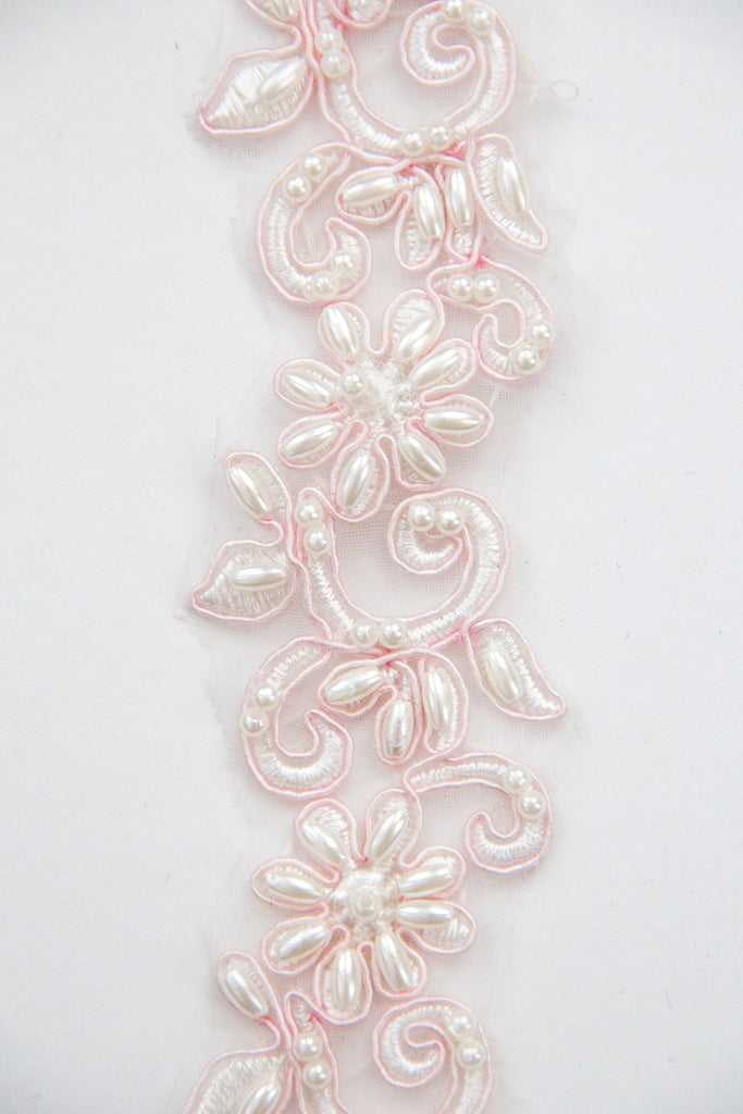 Pearl Daisy Trim - Pink