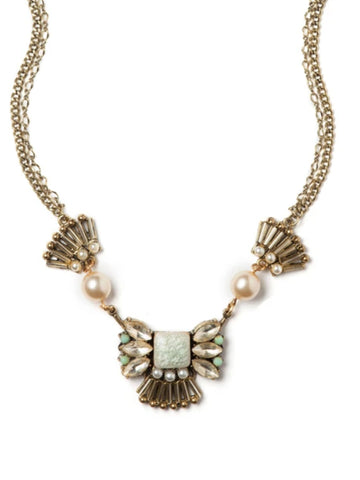 Pearly Elegance Necklace