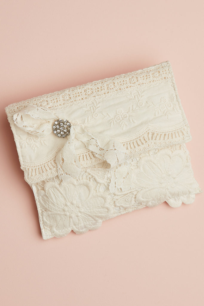 Vintage Lace Shoulder Pouch