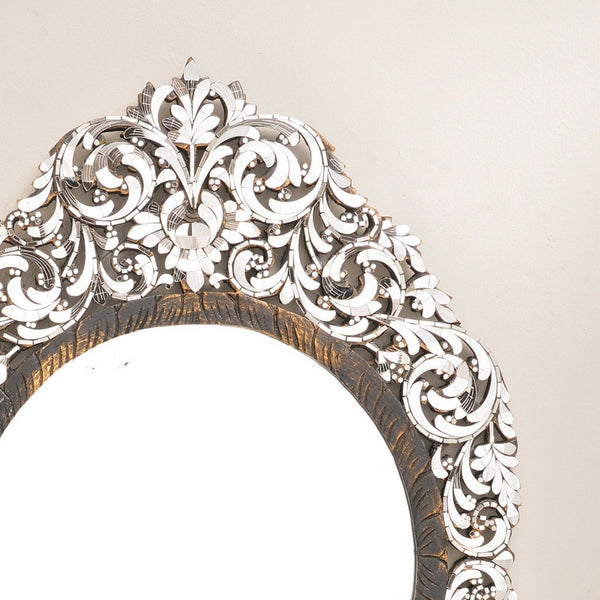 Pointed ends floral motif handcut glas mirror