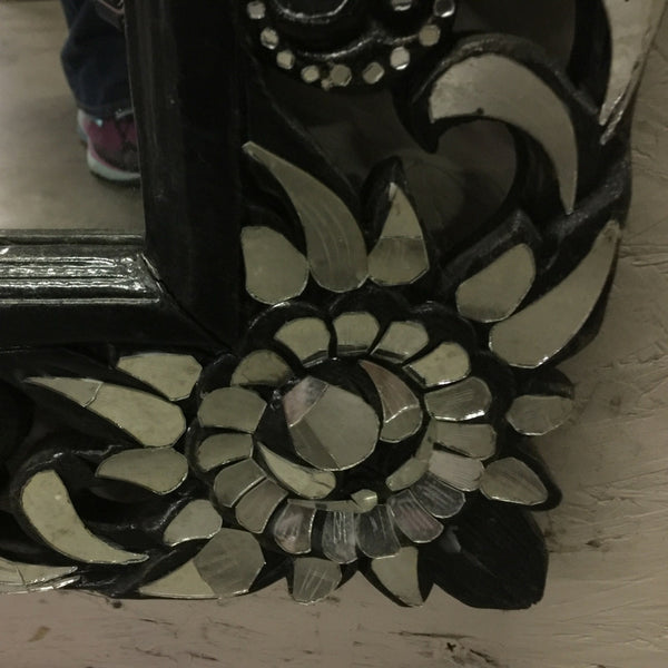 Hand cut Glass Mirror Corner
