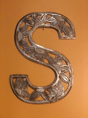 "Handcrafted ""S"""