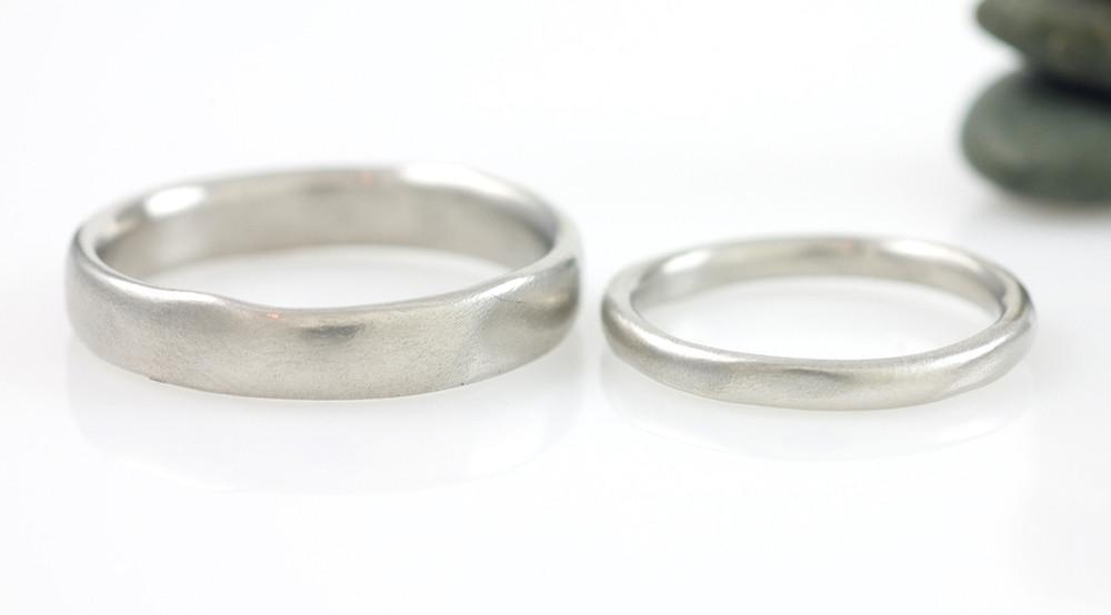 Simplicity Wedding Rings in Palladium 950 - Made to Order - Beth Cyr Handmade Jewelry