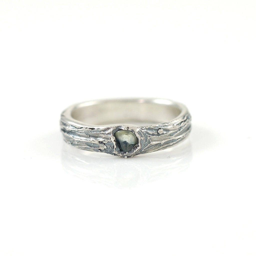 Tree Bark Ring with Rough Montana Sapphire in Palladium Sterling Silver - size 7 - Ready to Ship - Beth Cyr Handmade Jewelry