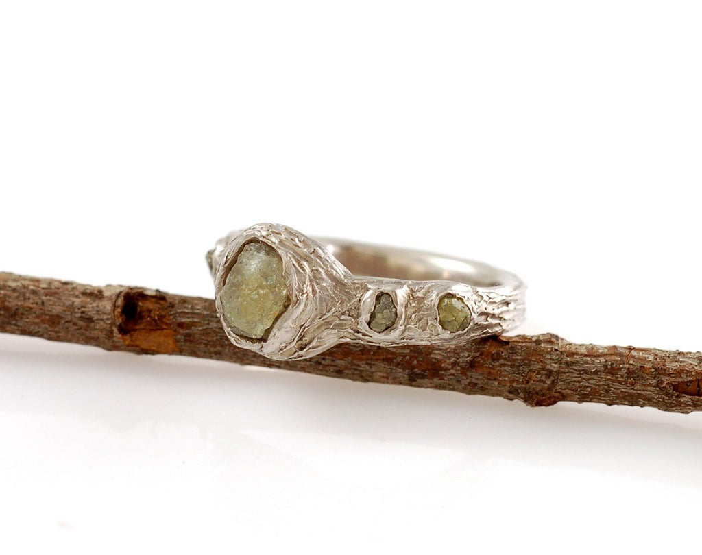 Tree Bark Love Knot Ring with Rough Sapphire and Diamonds in Palladium/Silver - size 7 - Ready to Ship - Beth Cyr Handmade Jewelry