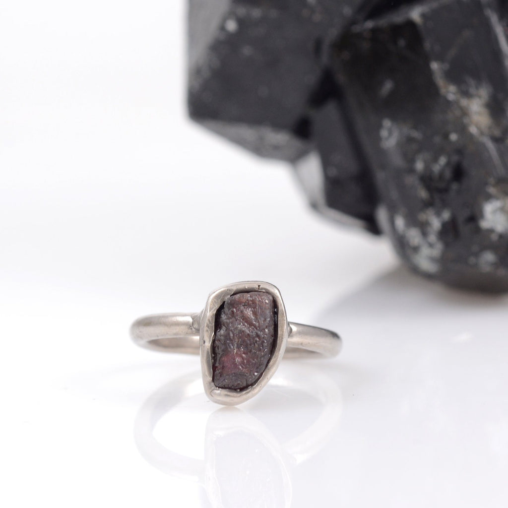 Offset Rough Ruby Simplicity Engagement Ring in Palladium/Silver - size 5.5 - Ready to Ship