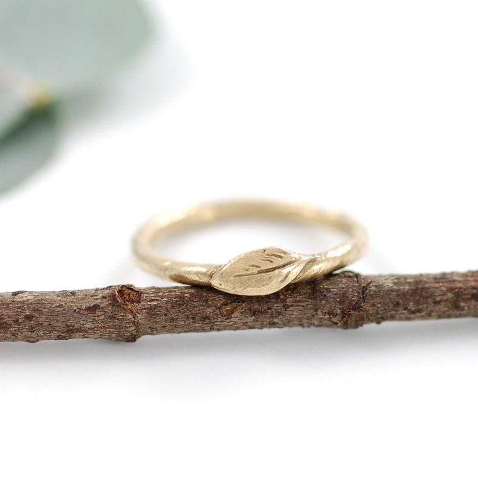 14k yellow gold vine and leaf ring by artisan jeweler Beth Cyr