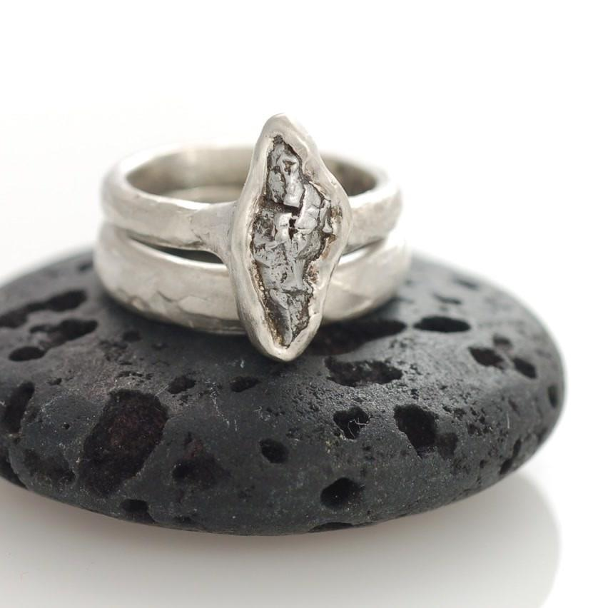 Meteorite ring in palladium sterling silver - cosmic jewelry by Beth Cyr