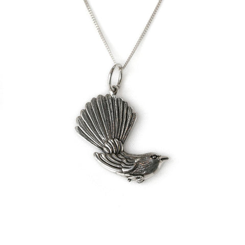NICK VON K FANTAIL NECKLACE