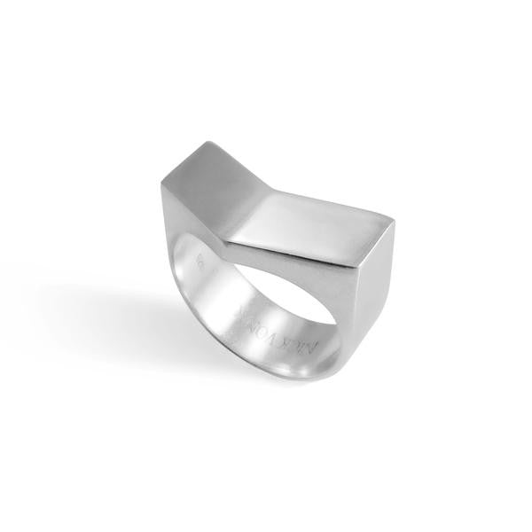 Nick Von K Large Step Ring