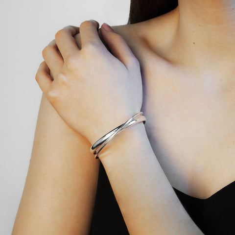 Najo - 11mm Wide Silver Cuff Hollow Tube