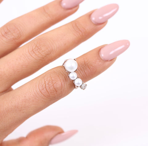 NEW! Pearl Lover Ring