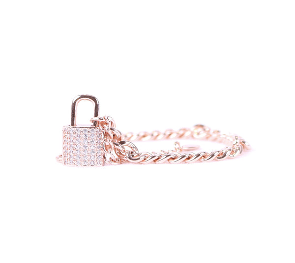 Rose Gold Luxurious Lock Bracelet