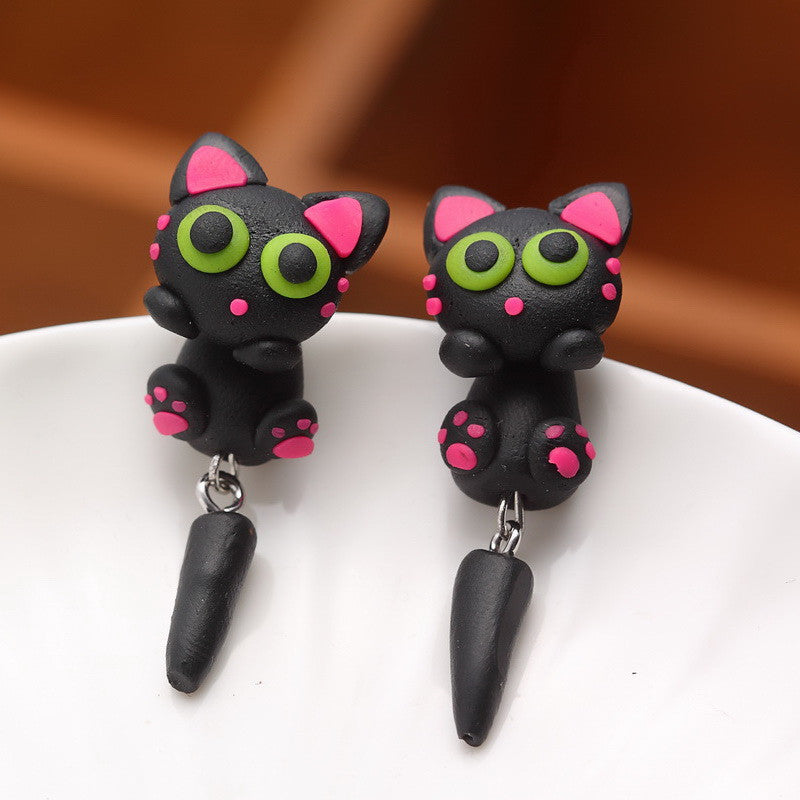 Pameng Cat Stud Earrings