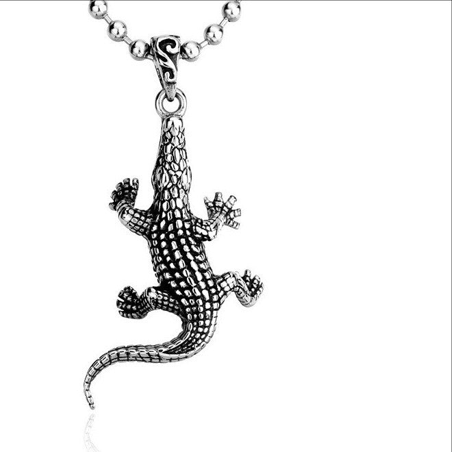 Beier Trendy Alligator Pendant Necklace